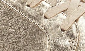 Soft Gold Leather swatch image