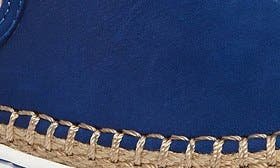 Azul Nubuck Leather swatch image