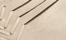 Light Grey Leather swatch image
