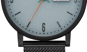 Black/ Black Mesh swatch image