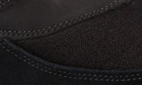 Blackberry Leather swatch image