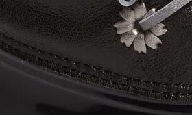 Black Metallic Leather swatch image