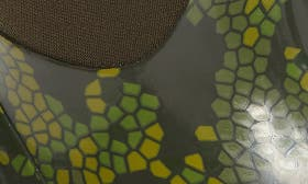Moss Multi swatch image