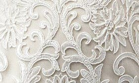 Ivory/Champagne/Vanilla Bean swatch image