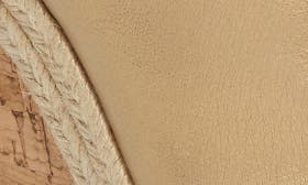 Light Gold Metallic Leather swatch image
