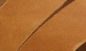 Oily Dune Leather swatch image