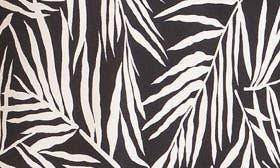 Black/ White Leaf swatch image
