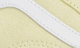 Tender Yellow/ True White swatch image