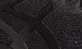 Black/ Black/ Carbon swatch image
