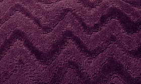 Plum swatch image