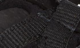 Black/ Magnet swatch image