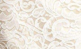 Ivory/ Palomino swatch image
