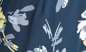 Navy Petals swatch image