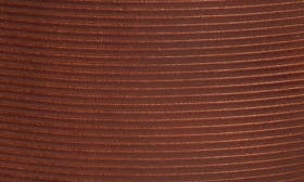 Brown Cuero Leather swatch image