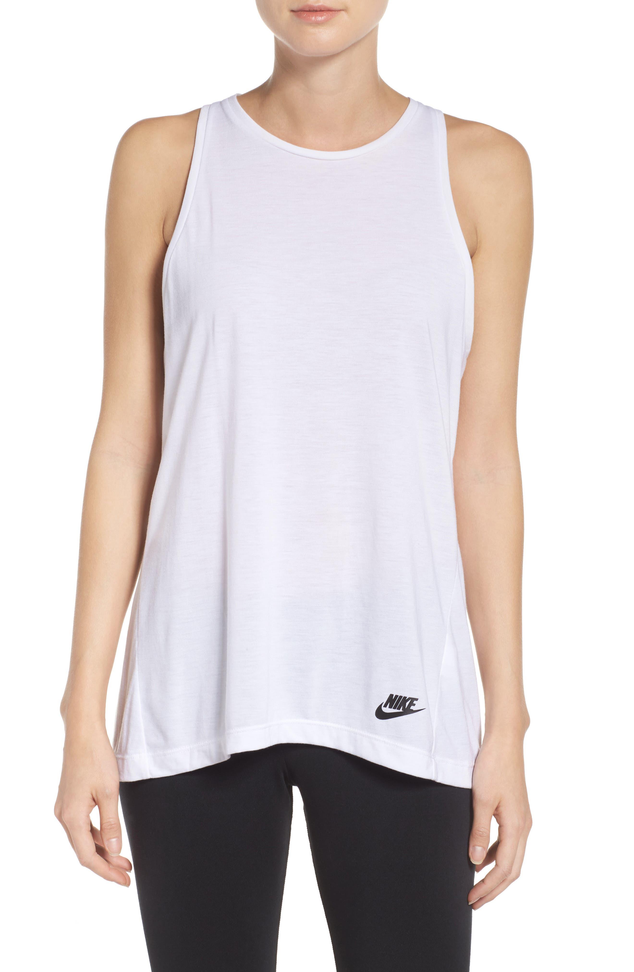 Nike Essential Tank