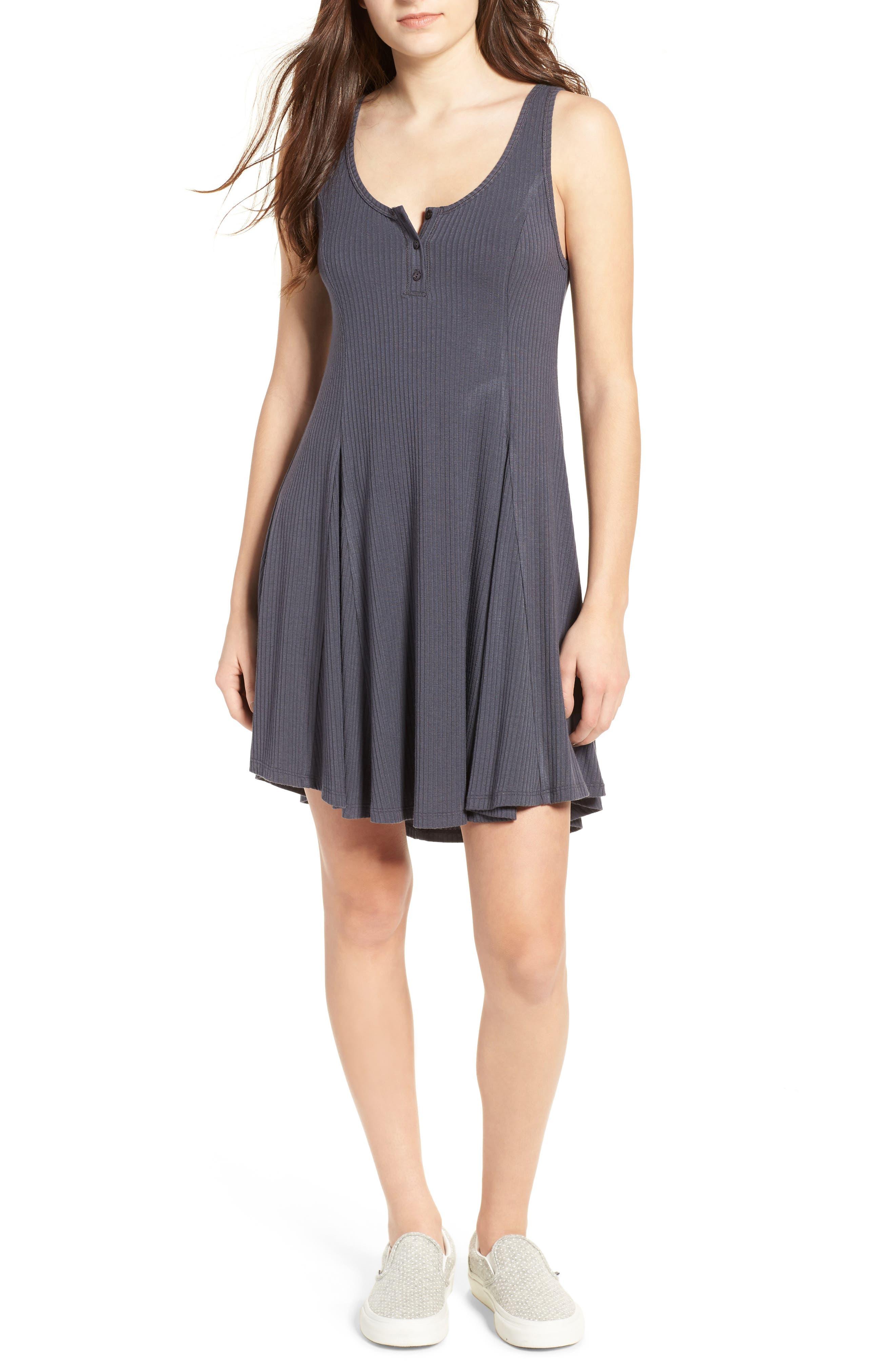 Main Image - Lush Ribbed Skater Dress