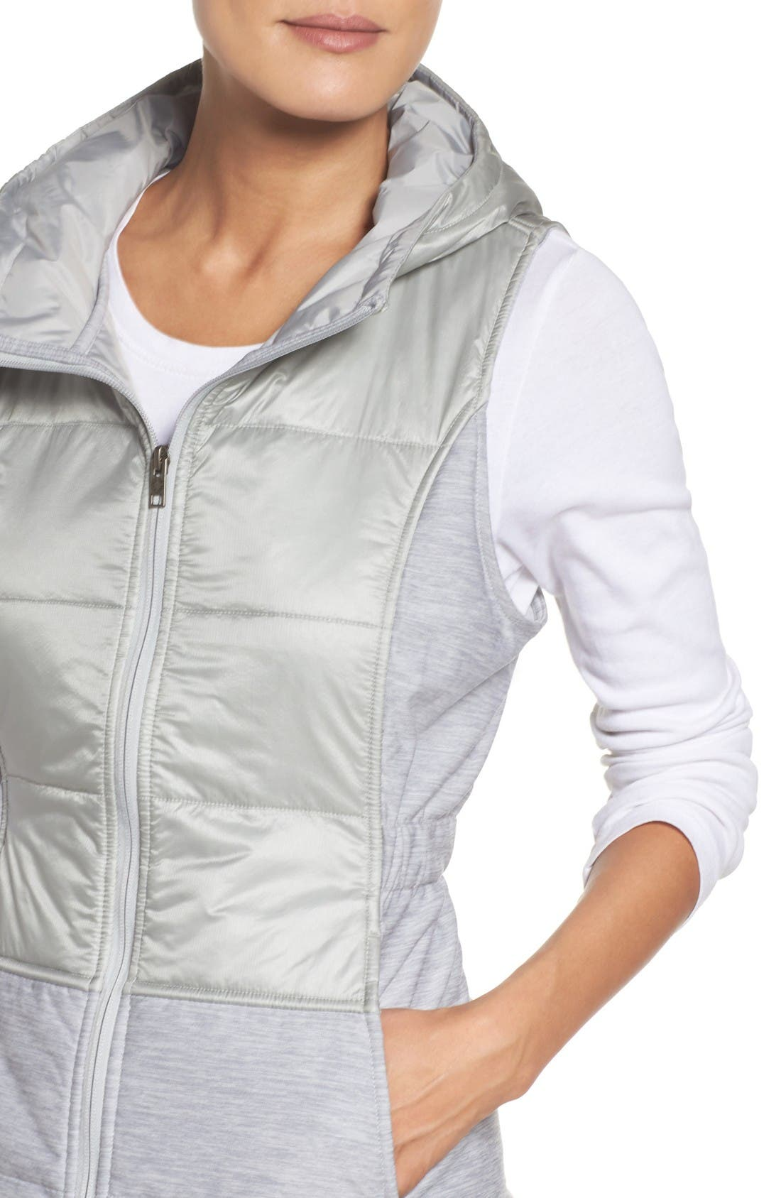 Alternate Image 4  - The North Face 'Pseudio' Quilted Vest
