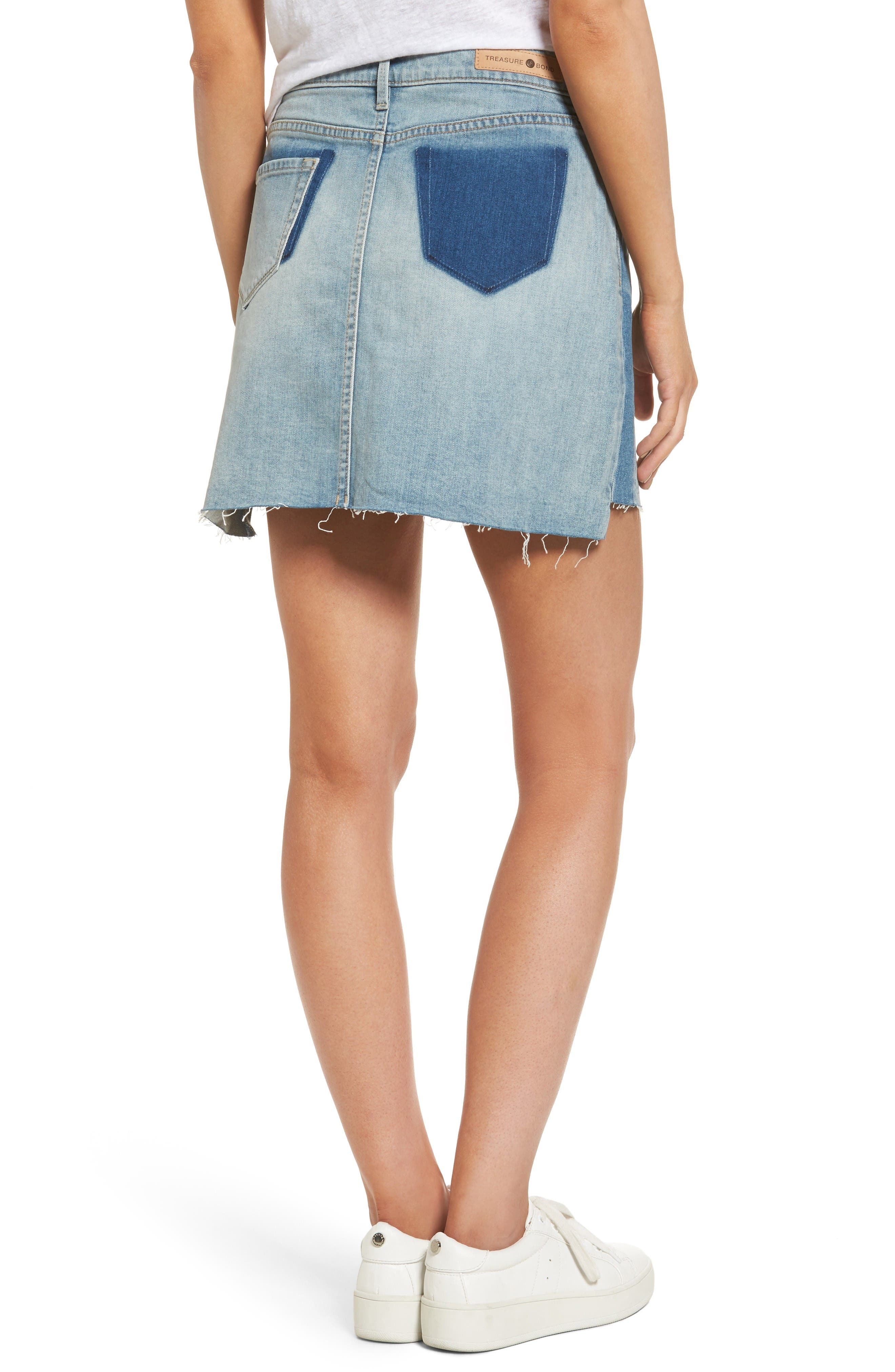 Alternate Image 2  - Treasure & Bond Raw Hem Denim Miniskirt