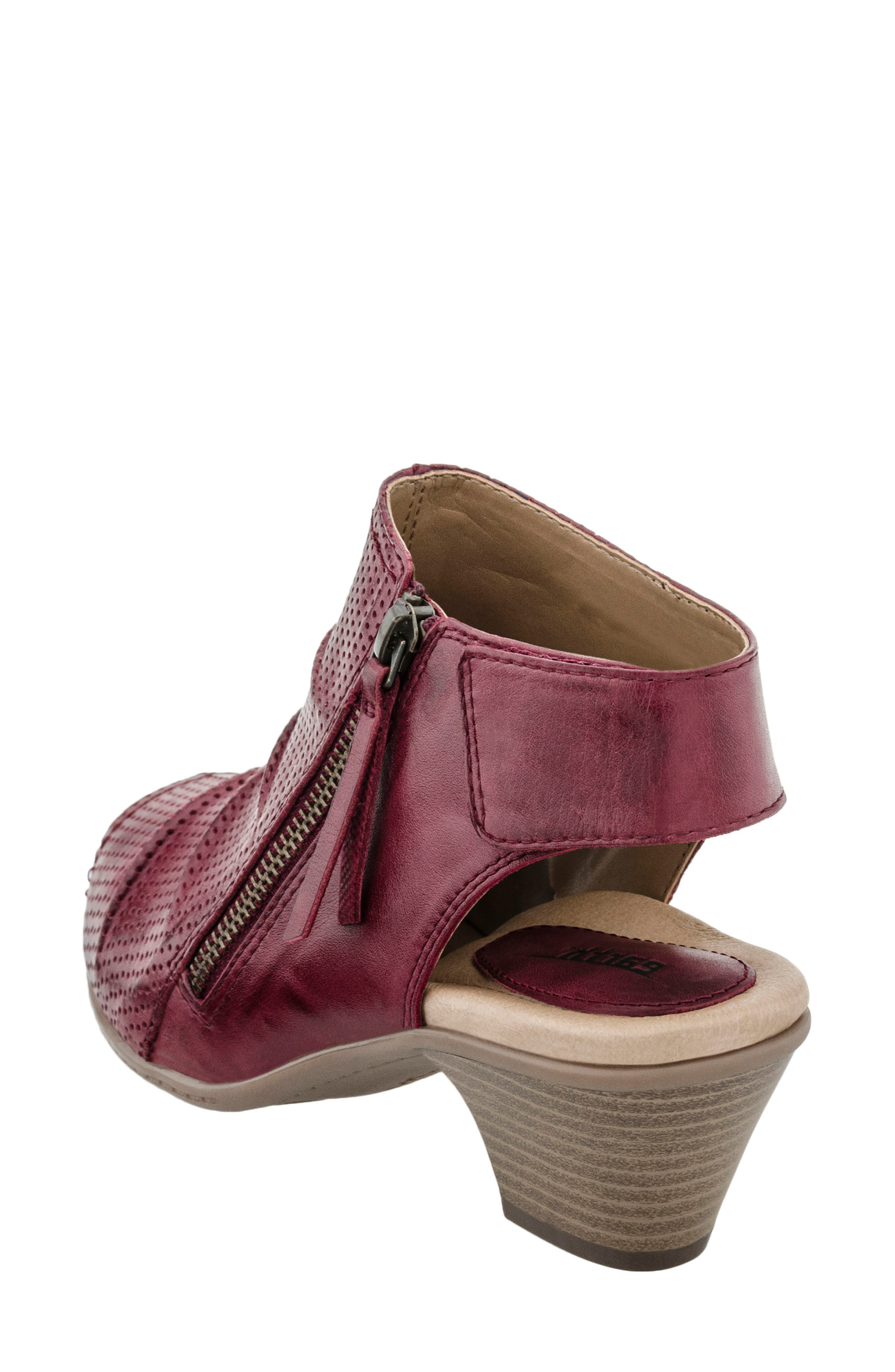 Alternate Image 2  - Earth® Hydra Sandal (Women)