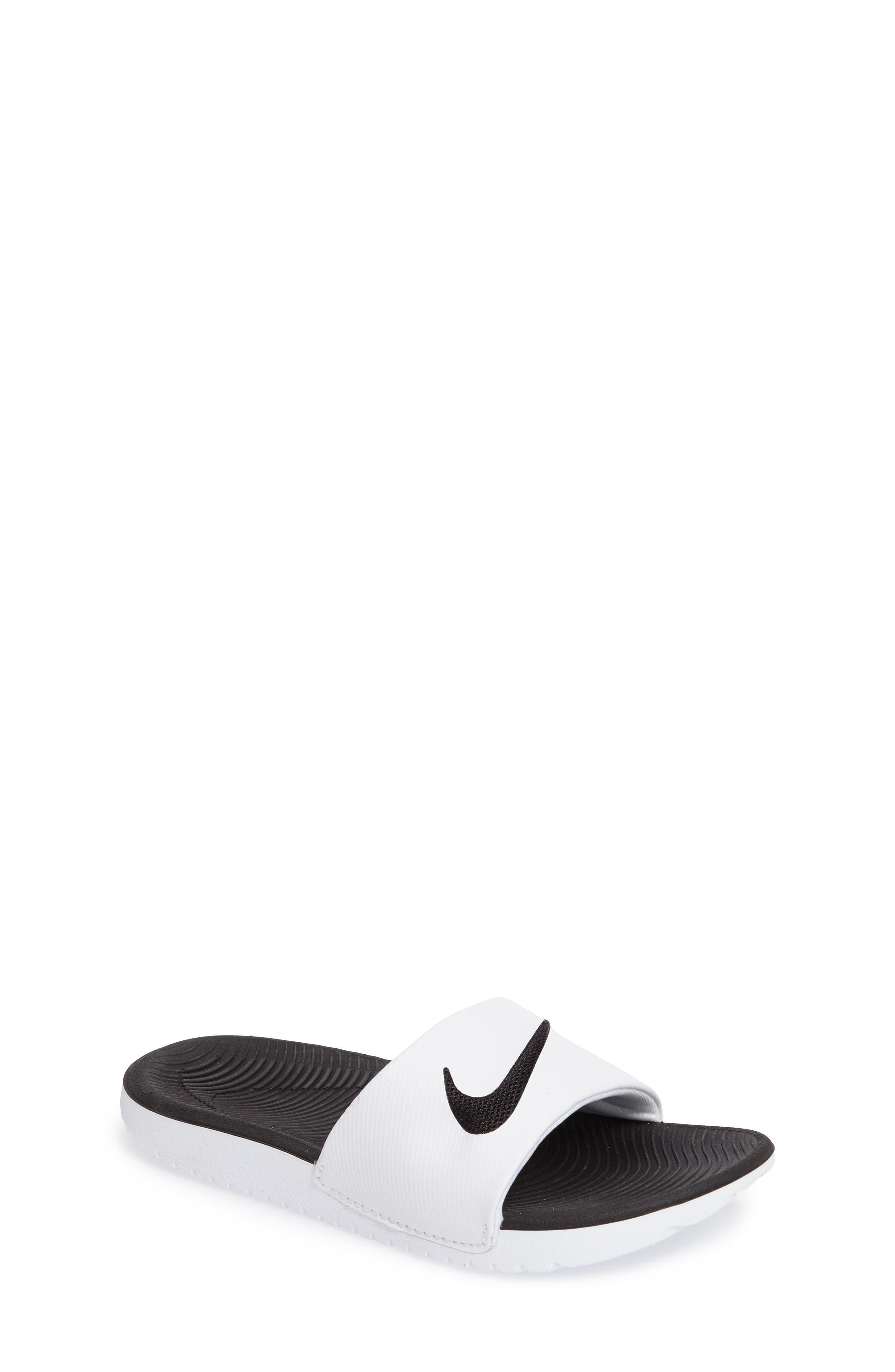 Girls  Nike Sandals   Flip-Flops  fed81f628