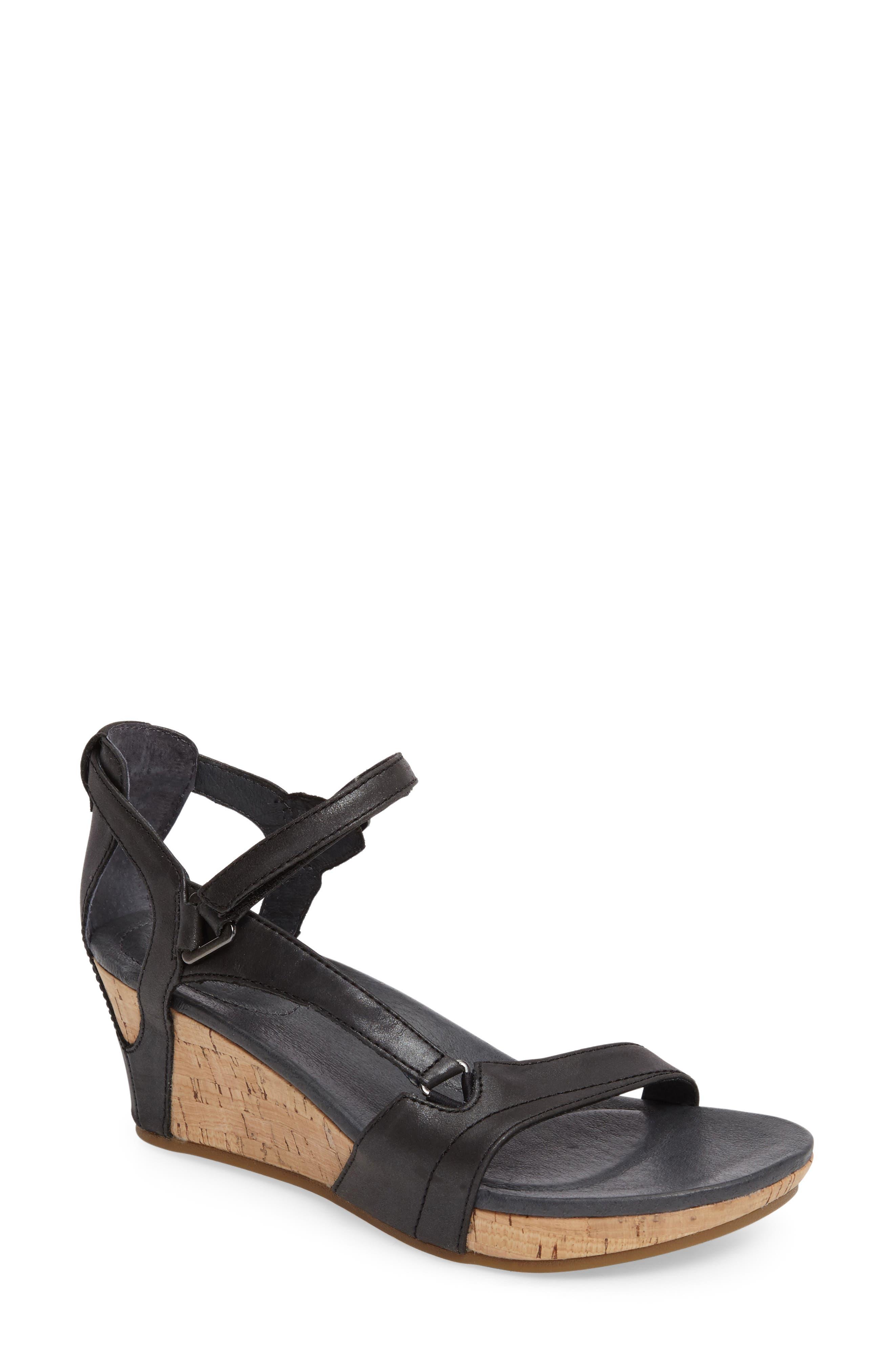 Savings Sandals Black Women's Wedge Teva Capri Wedge Canada Online Shop