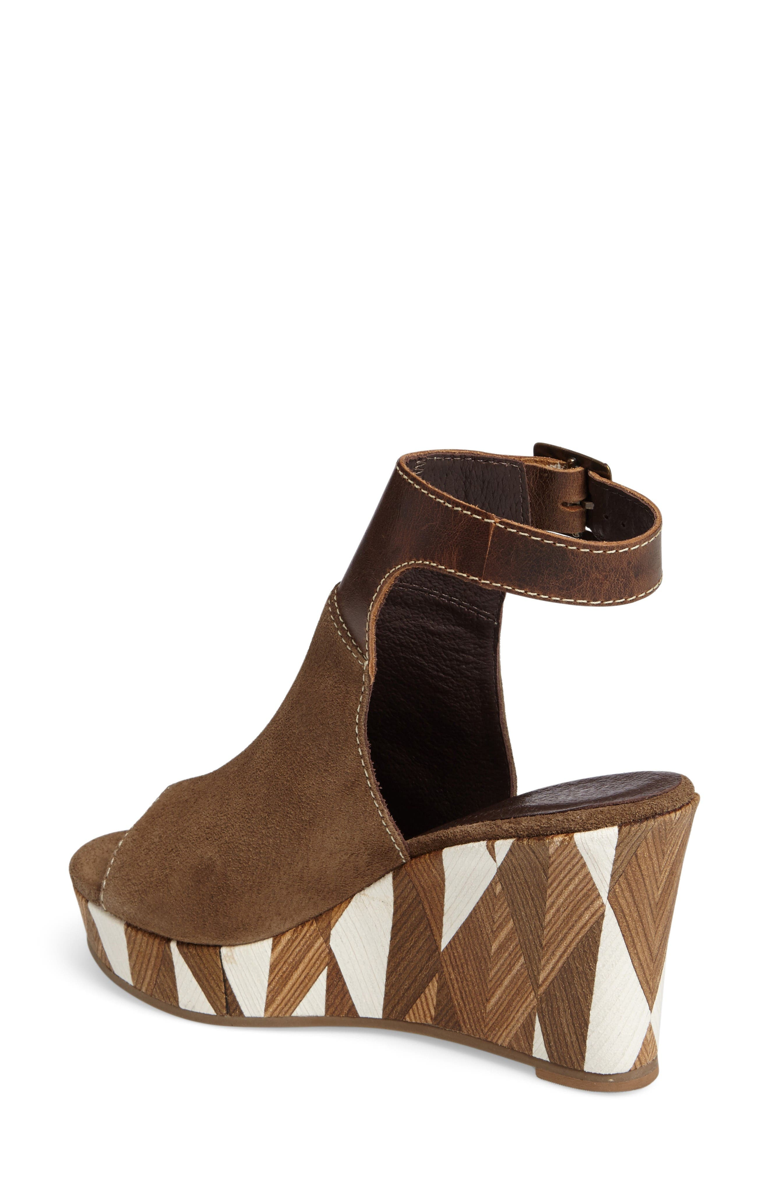 Harlequin Wedge Sandal,                             Alternate thumbnail 2, color,                             Taupe Leather