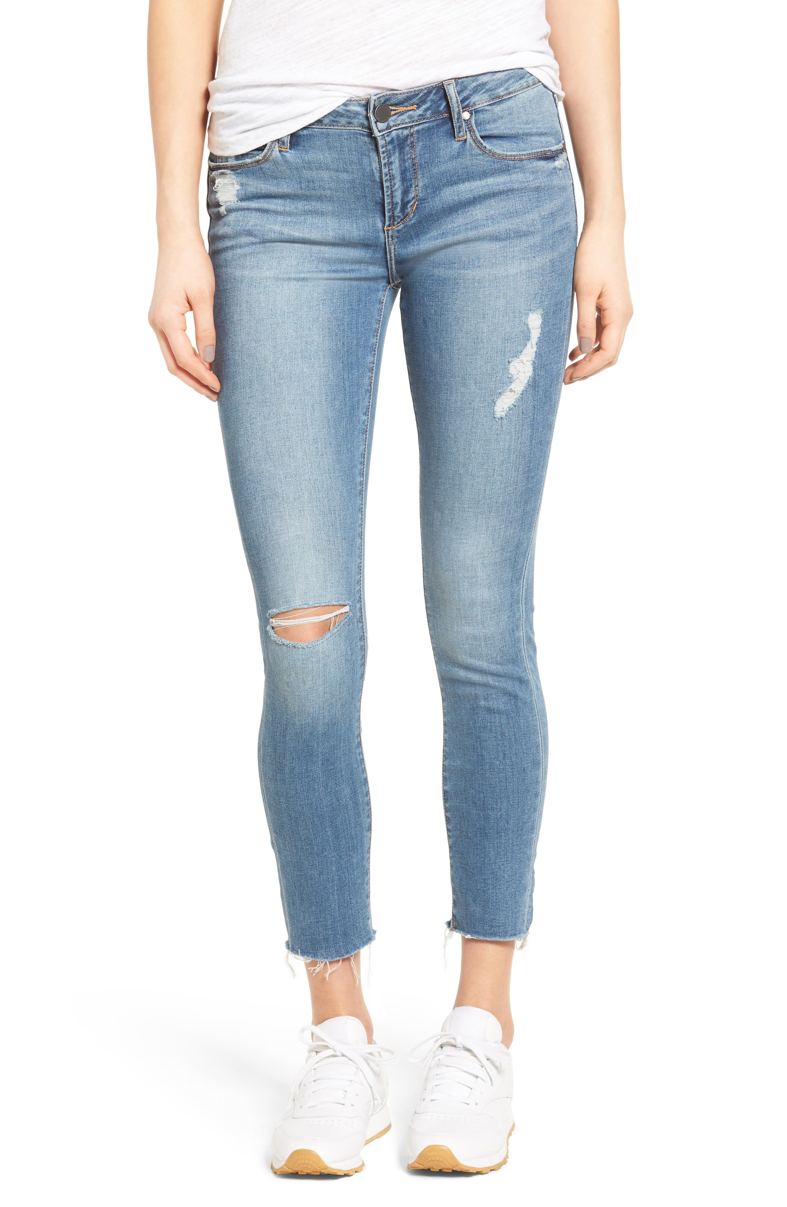 Main Image - Articles of Society Carly Skinny Crop Jeans (Derby)