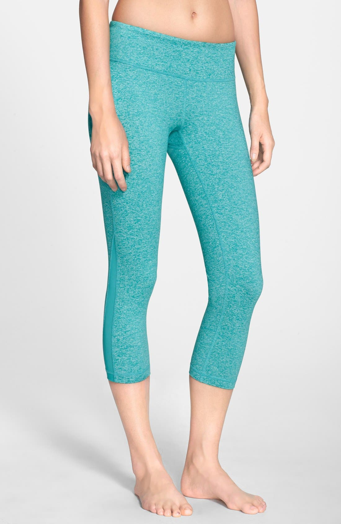 Main Image - Zella 'Live In - Streamline' Capris