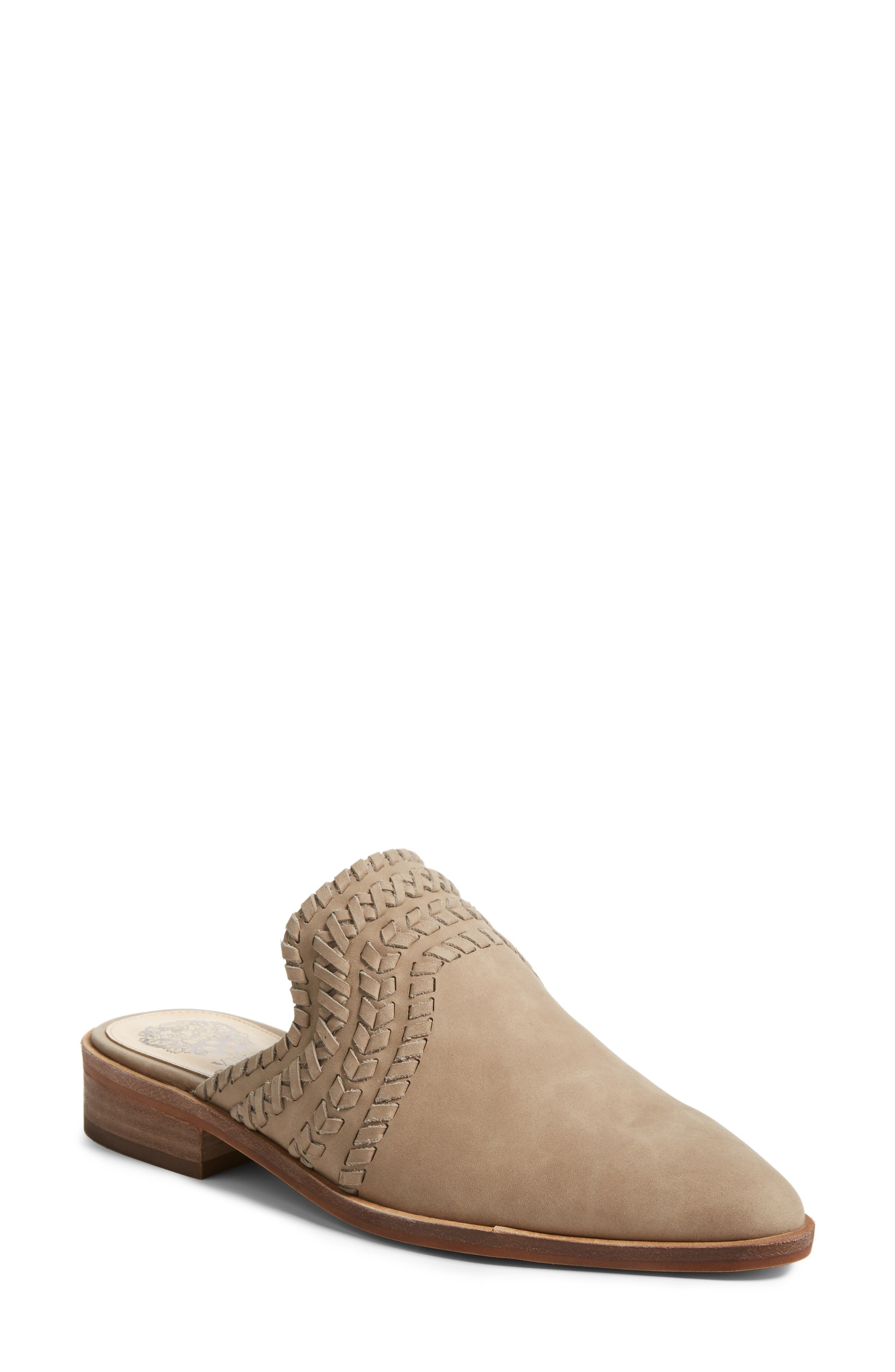 VINCE CAMUTO Sona Mule