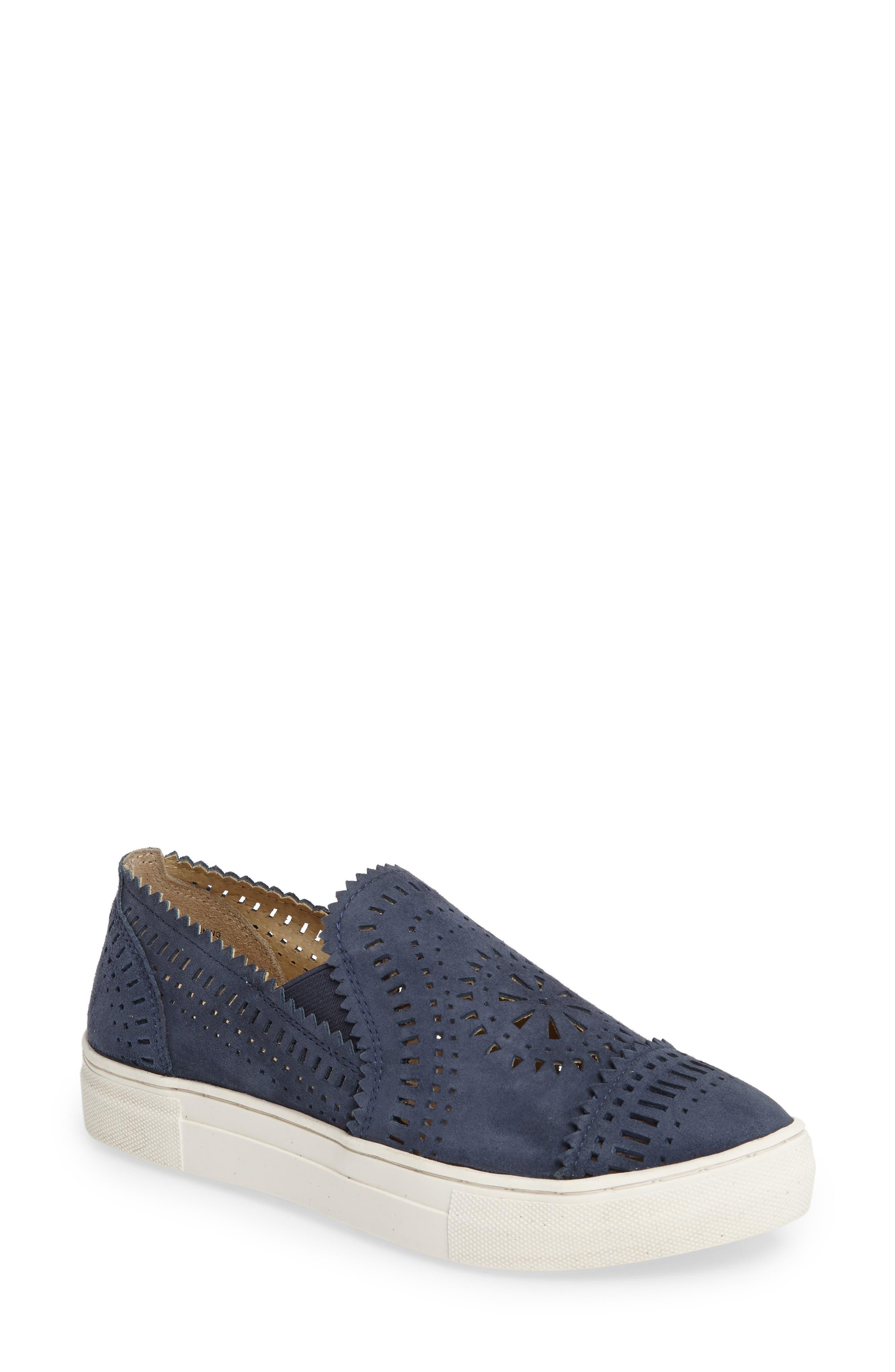SEYCHELLES So Nice Slip-On Sneaker