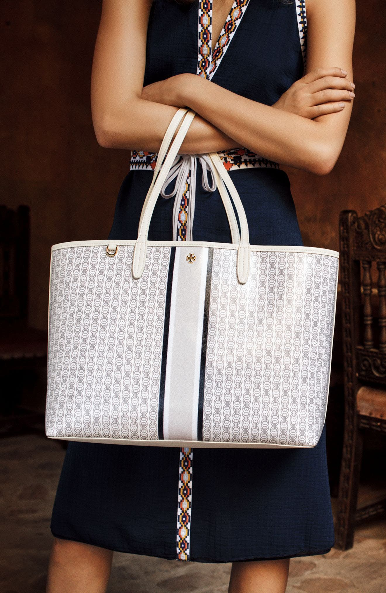 Alternate Image 9  - Tory Burch Gemini Link Tote
