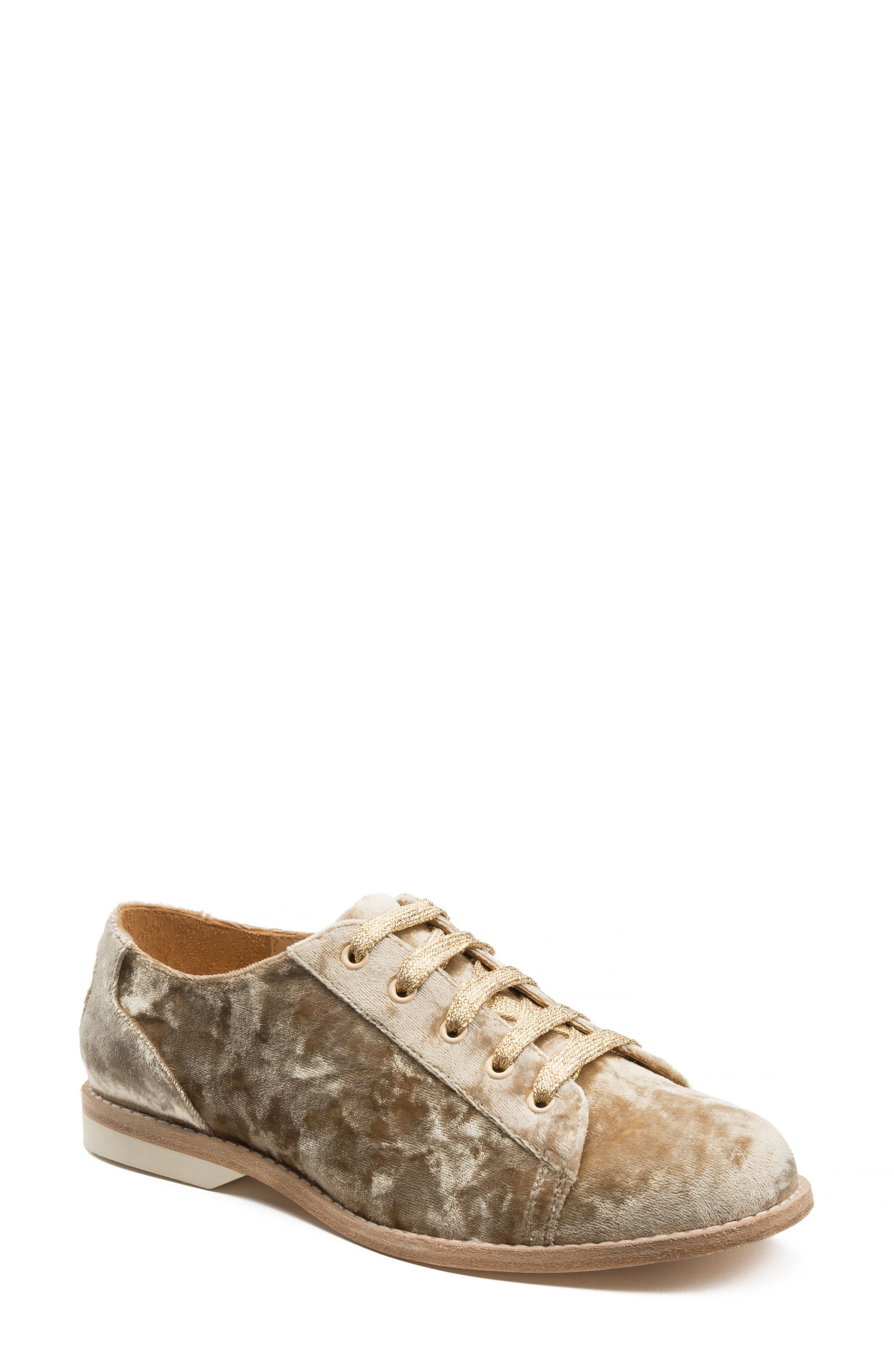 Alternate Image 1 Selected - Bill Blass Lace-Up Oxford (Women)