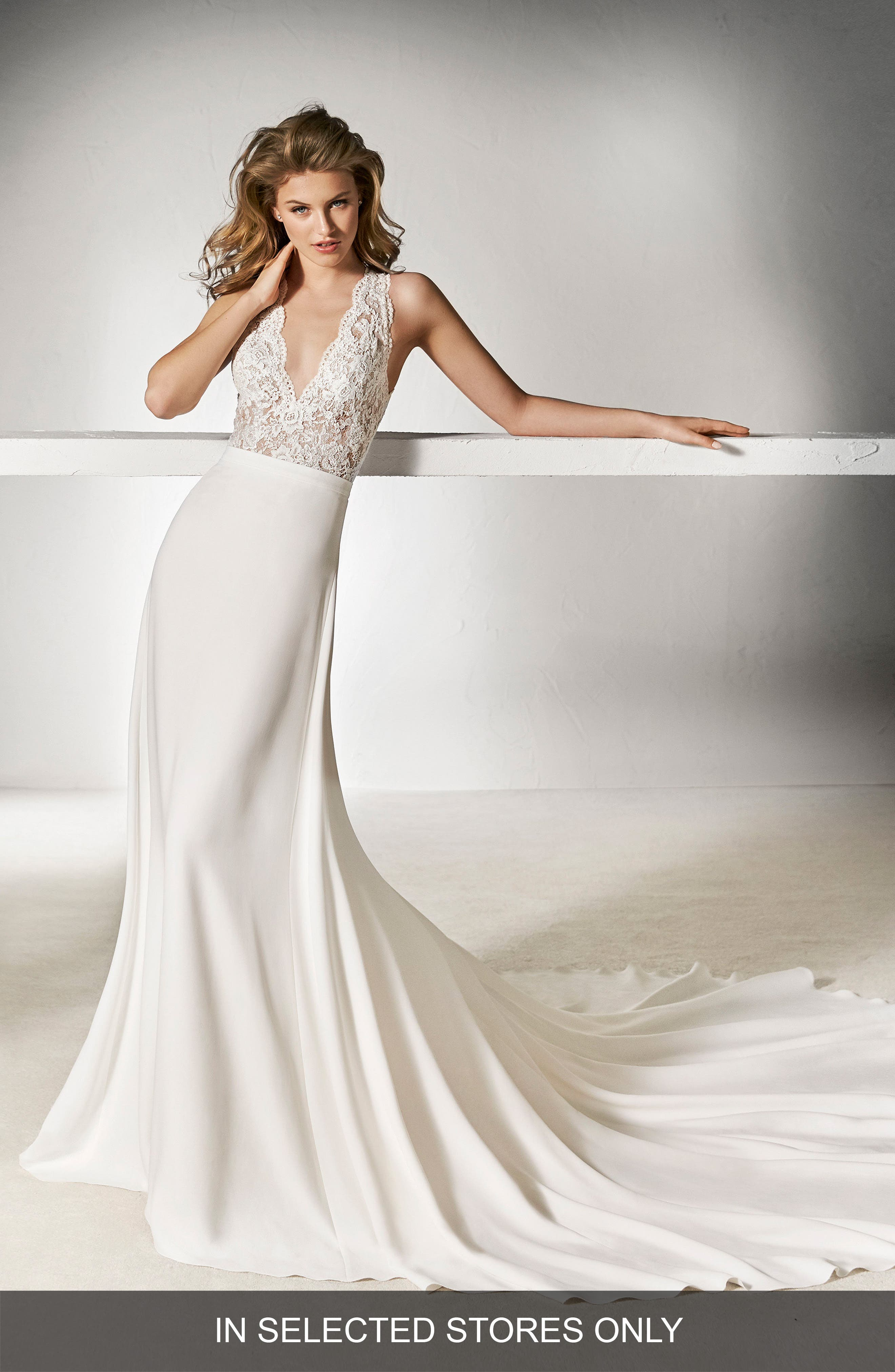 Pronovias Xifre Lace Top (In Selected Stores Only)