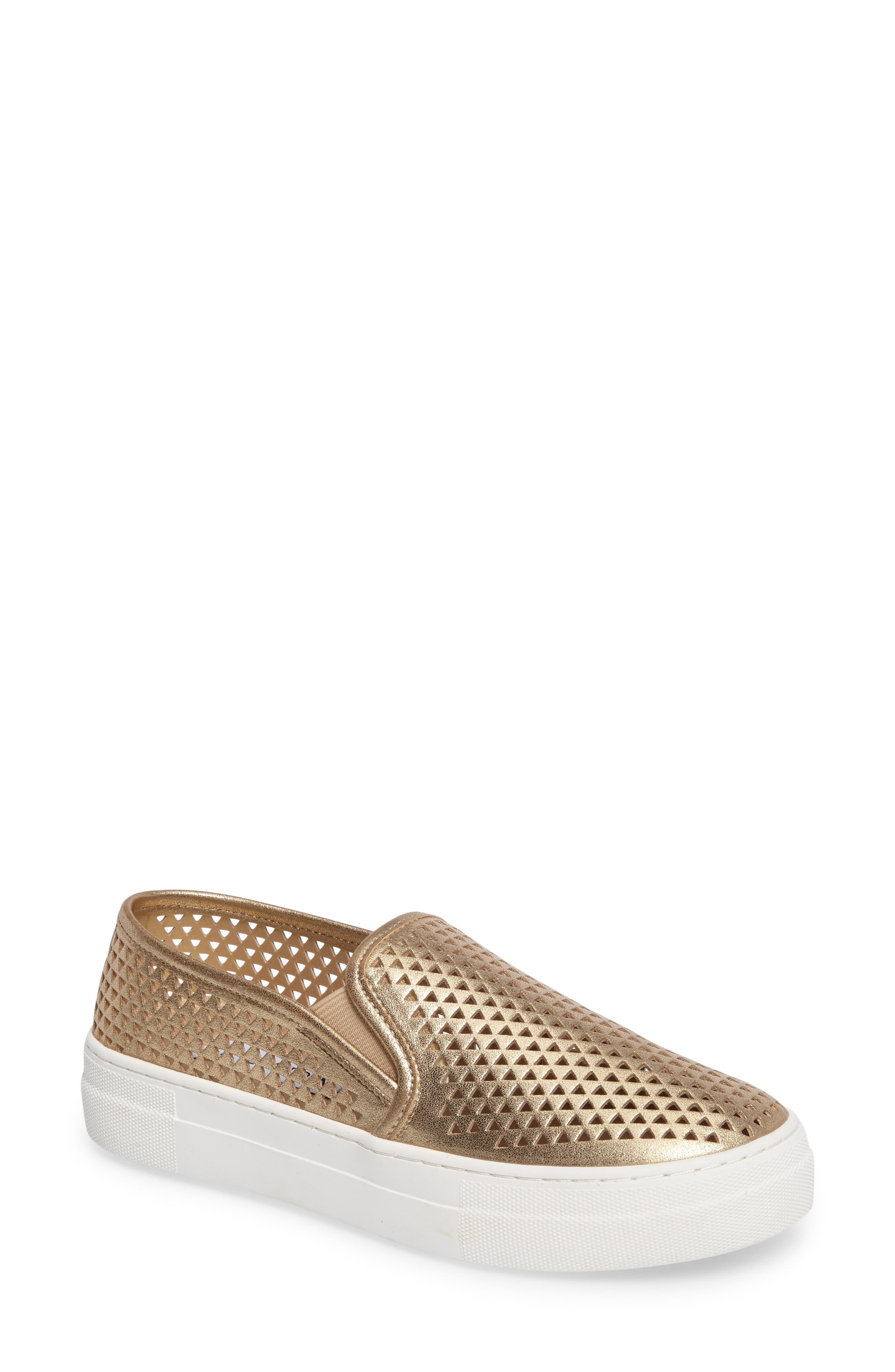 STEVE MADDEN Gills Perforated Slip-On Sneaker