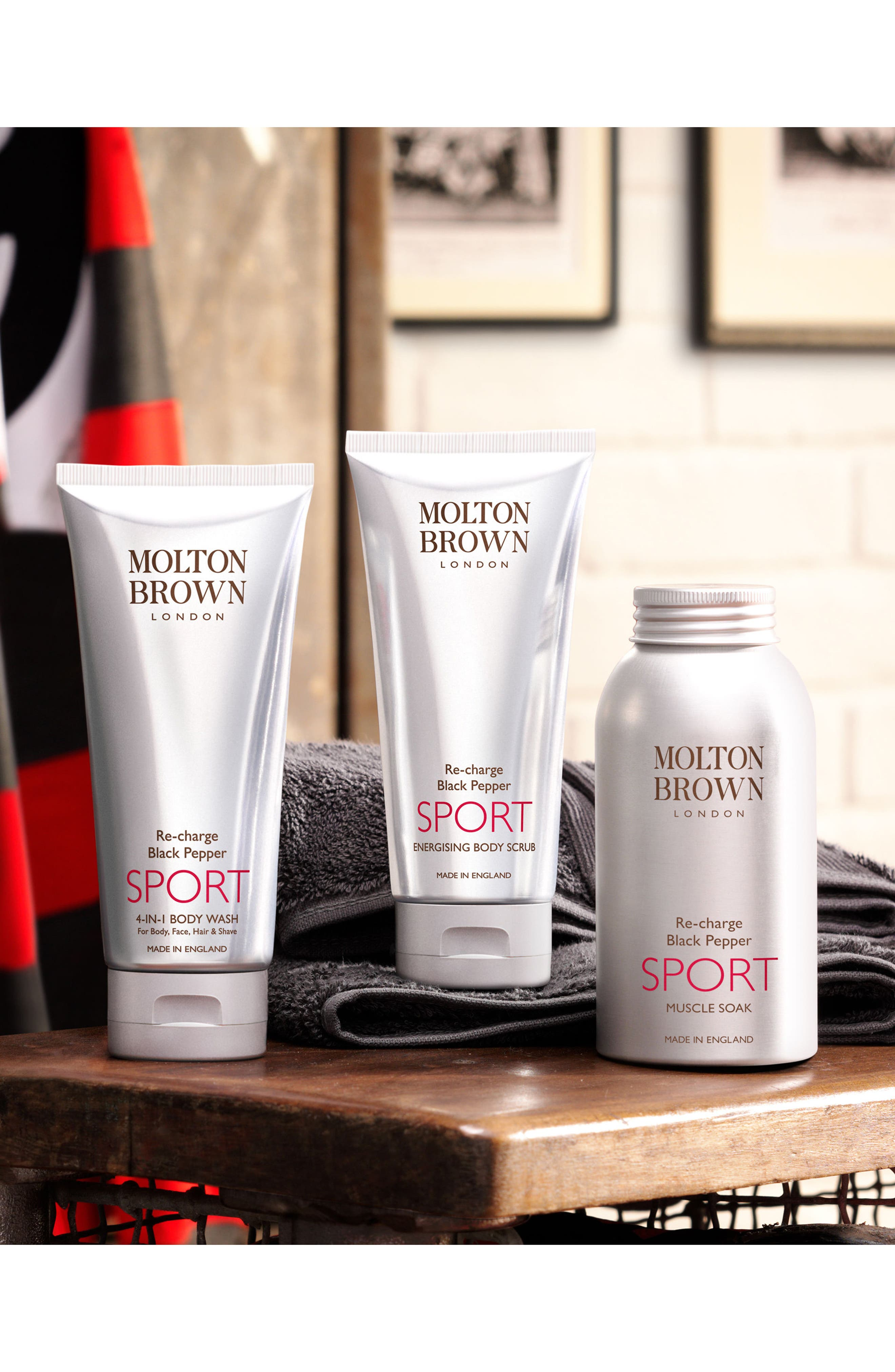 Alternate Image 2  - MOLTON BROWN London Re-charge Black Pepper Sport 4-in-1 Body Wash
