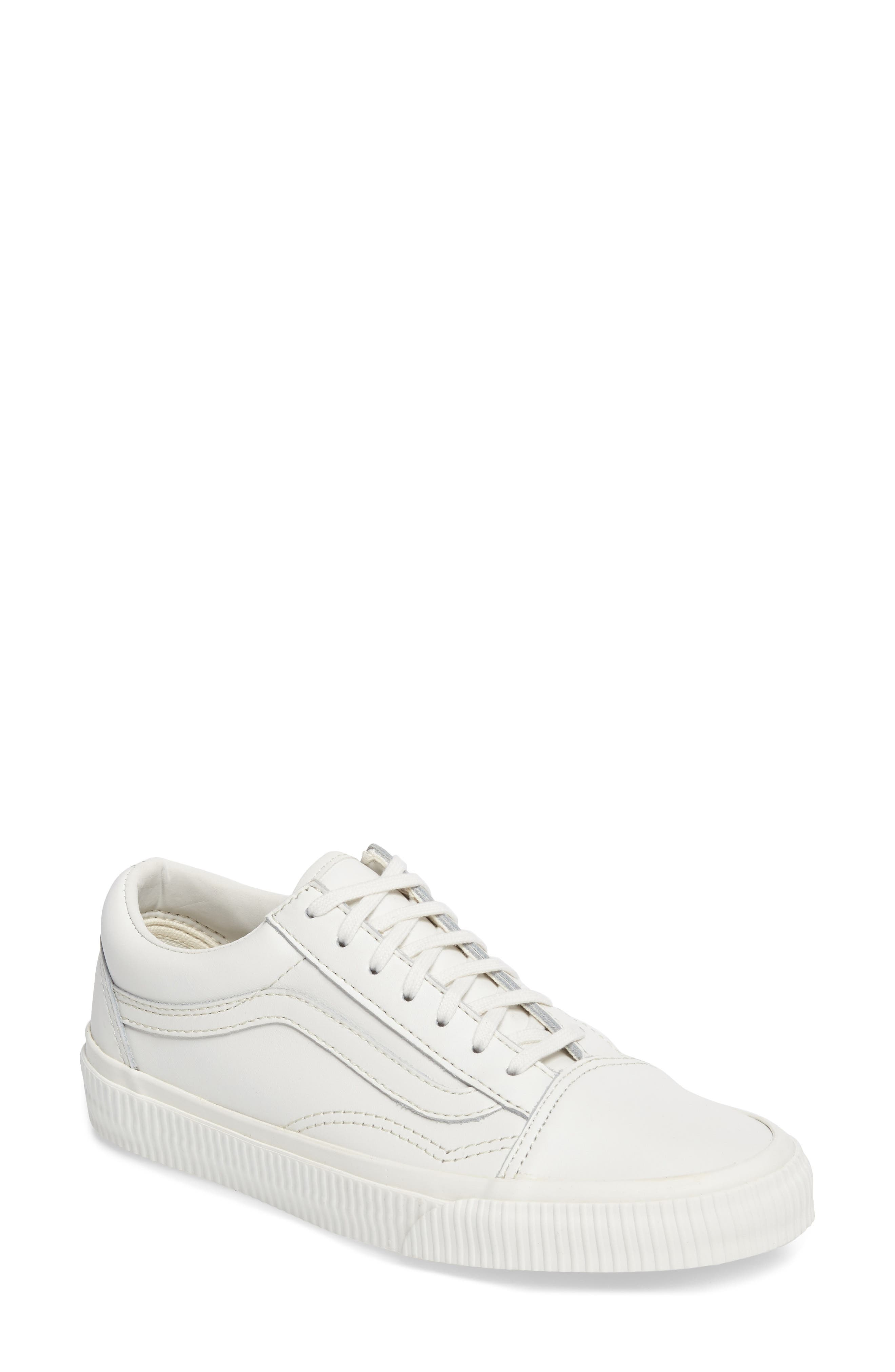 Vans Old Skool Sneaker (Women)