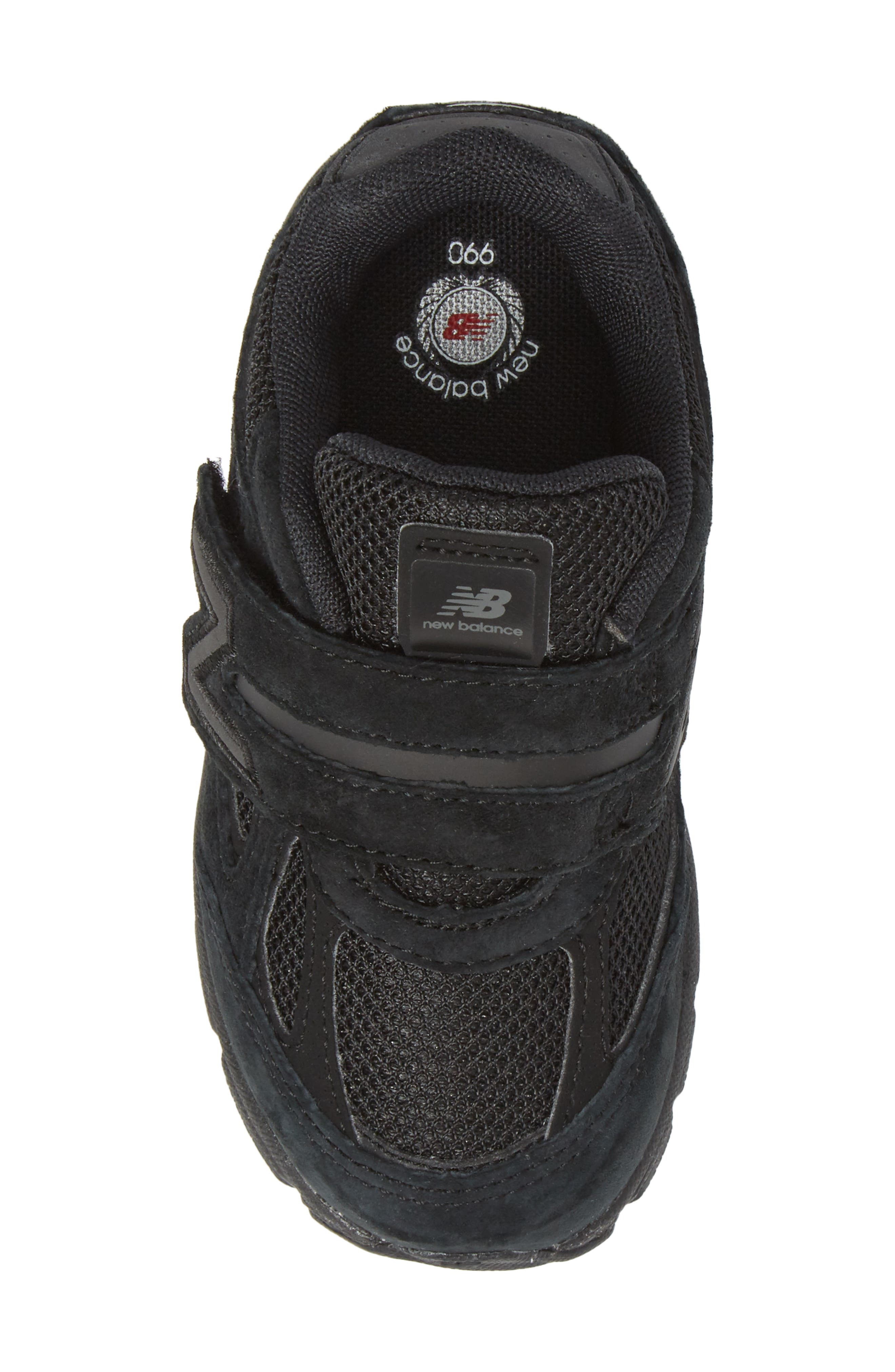 '990v4' Sneaker,                             Alternate thumbnail 5, color,                             Black/ Black