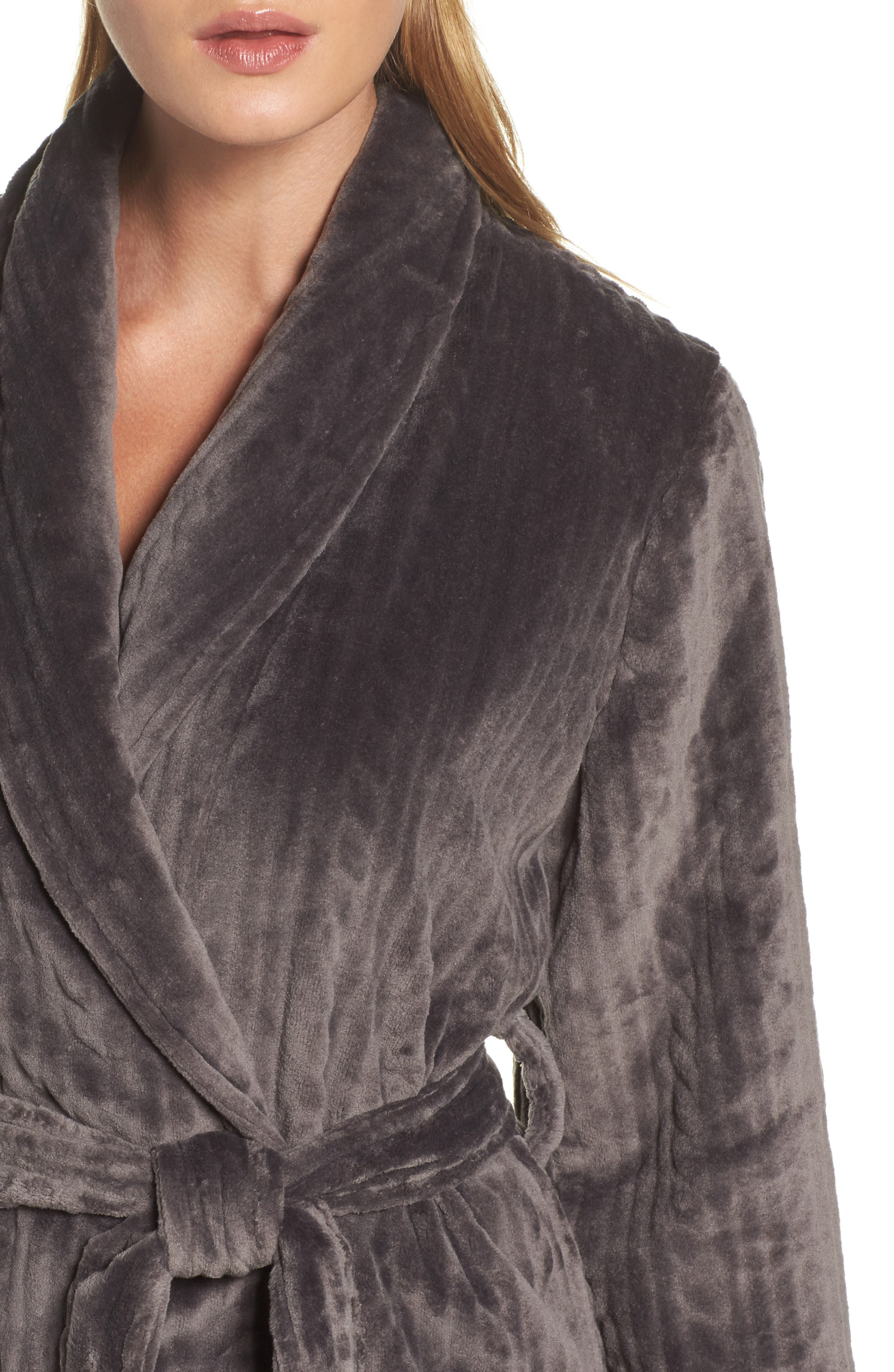 Alternate Image 5  - Nordstrom So Soft Plush Robe