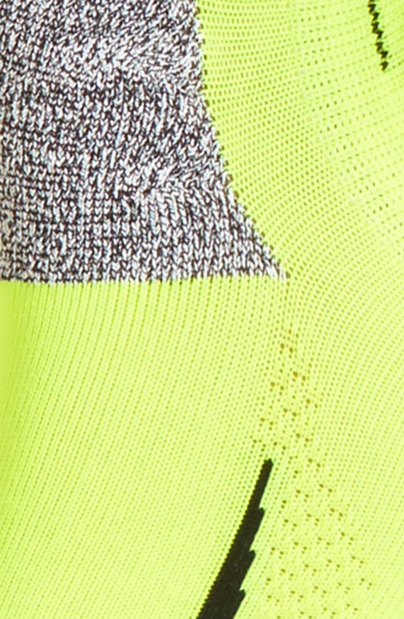 Alternate Image 2  - Nike Elite No-Show Running Socks (Women)