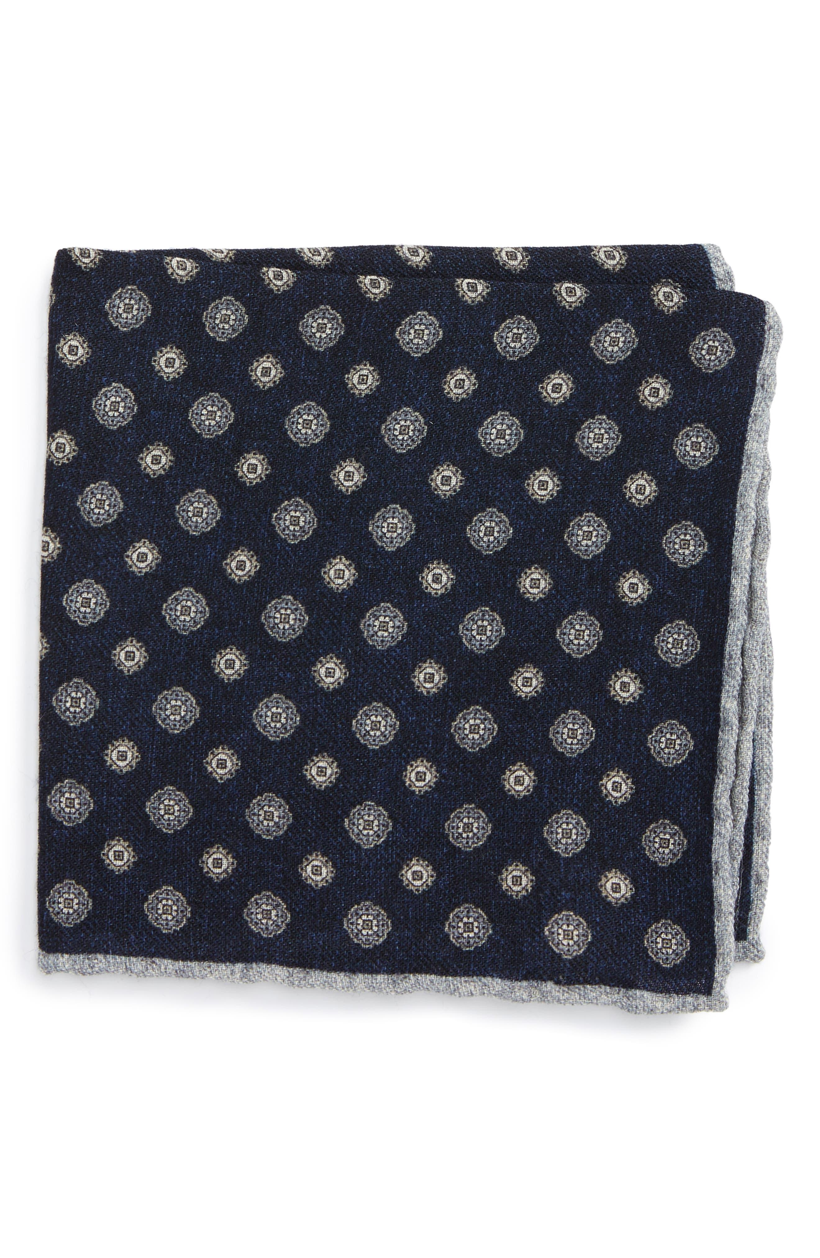 Eleventy Medallion Wool Pocket Square