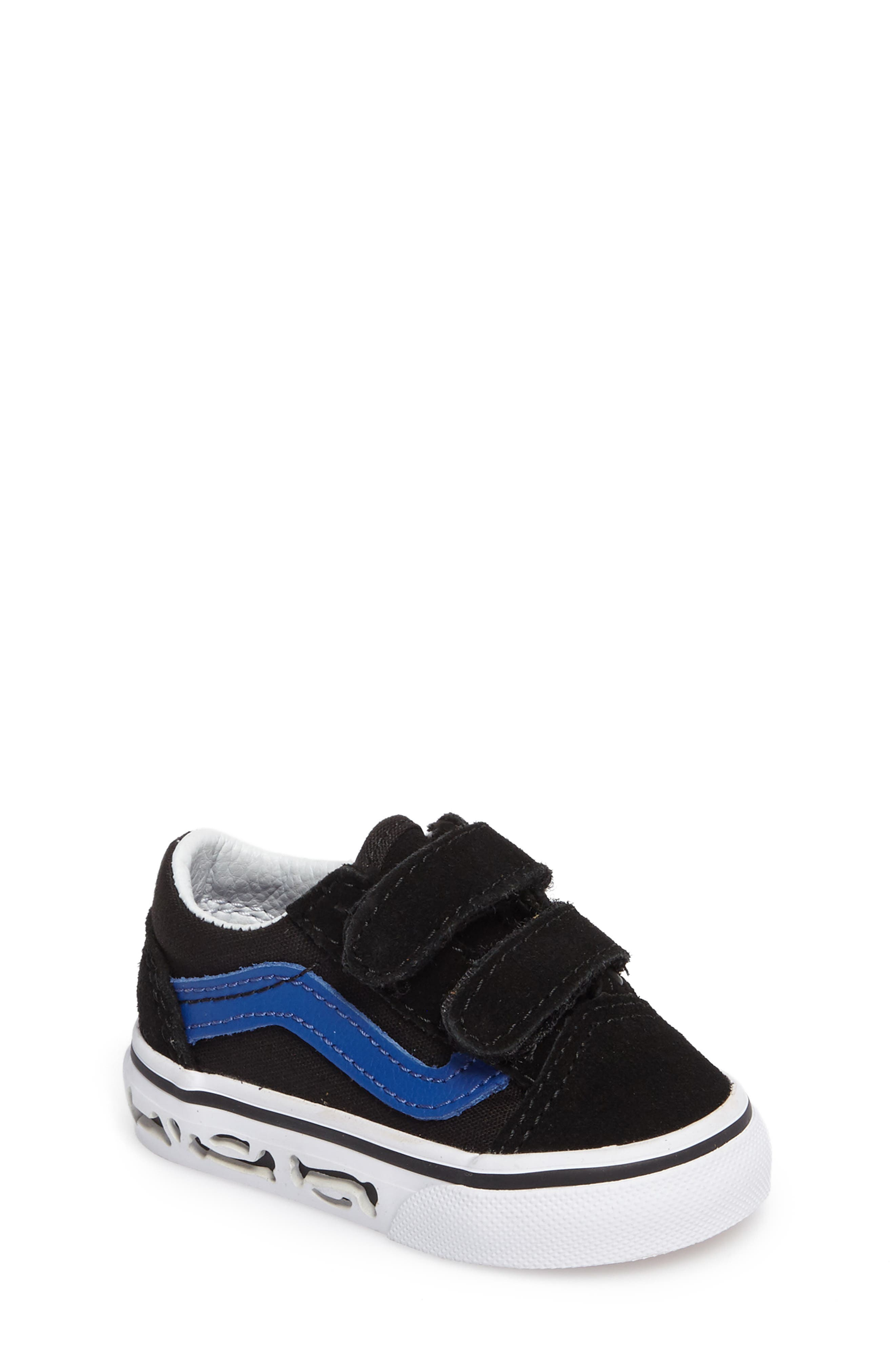 Vans Old Skool V Sneaker (Baby, Walker & Toddler)
