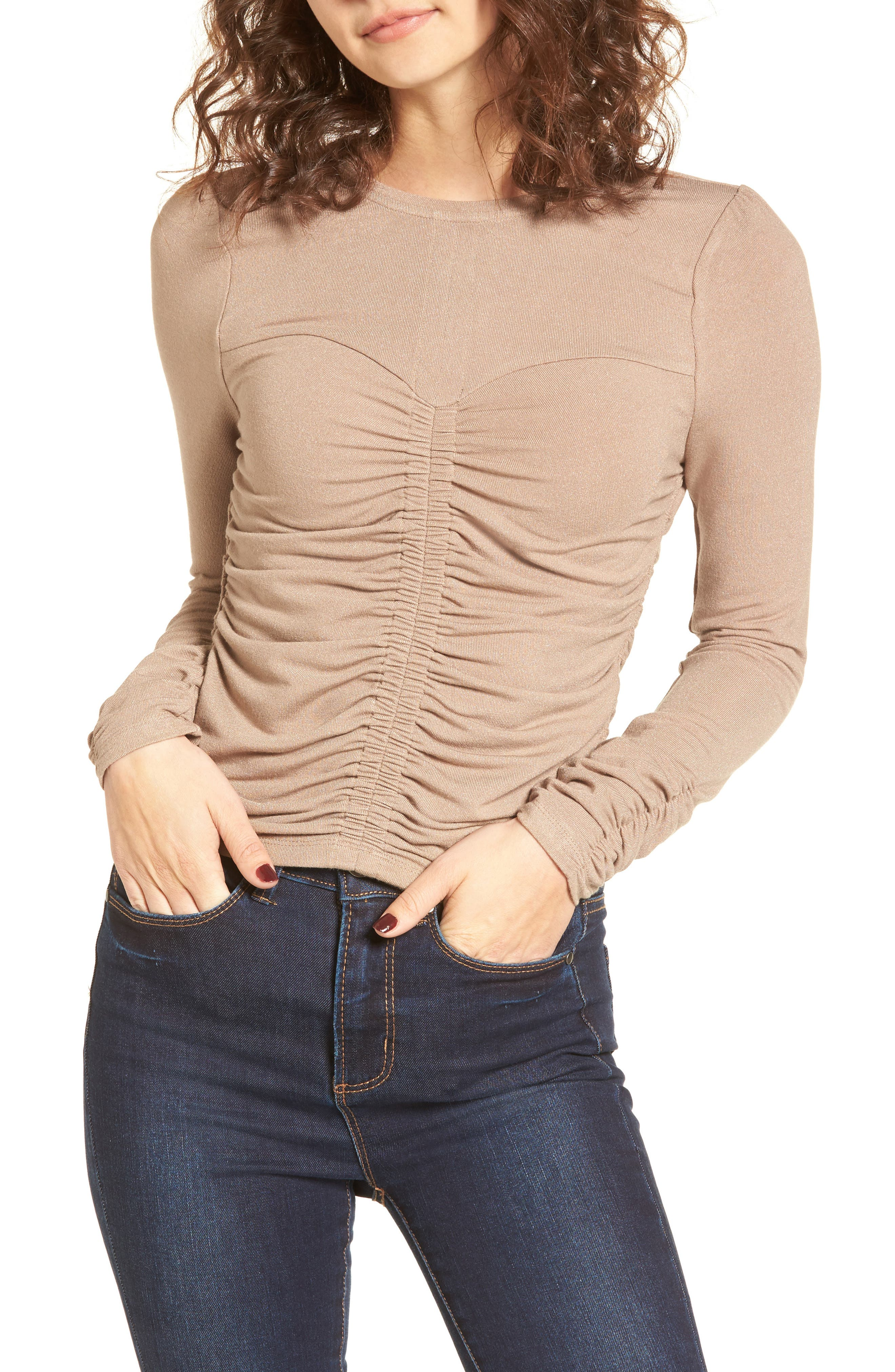 MOON RIVER Gathered Knit Top