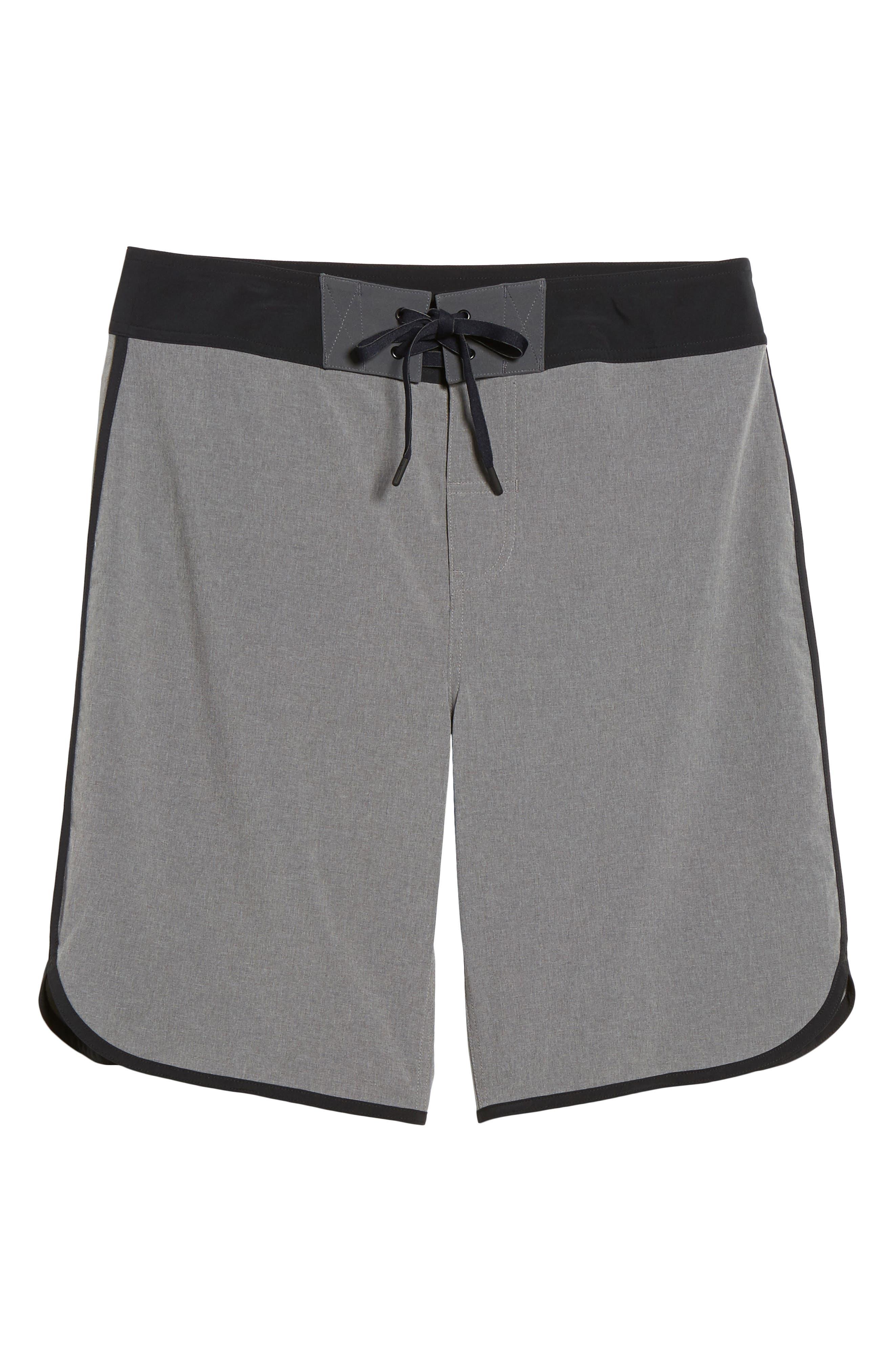 Alternate Image 6  - Beachbody Flex Hybrid Athletic Shorts
