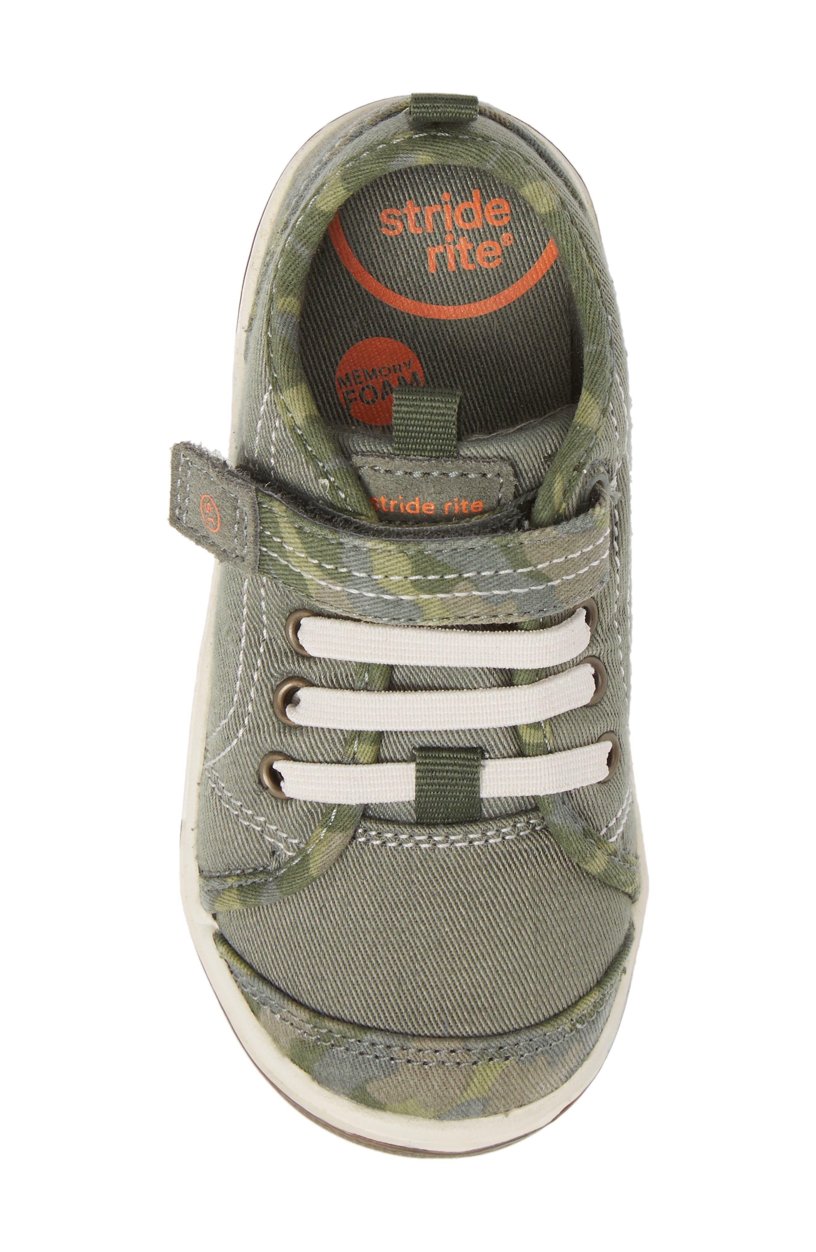 Alternate Image 3  - Stride Rite Dakota Sneaker (Baby, Walker & Toddler)
