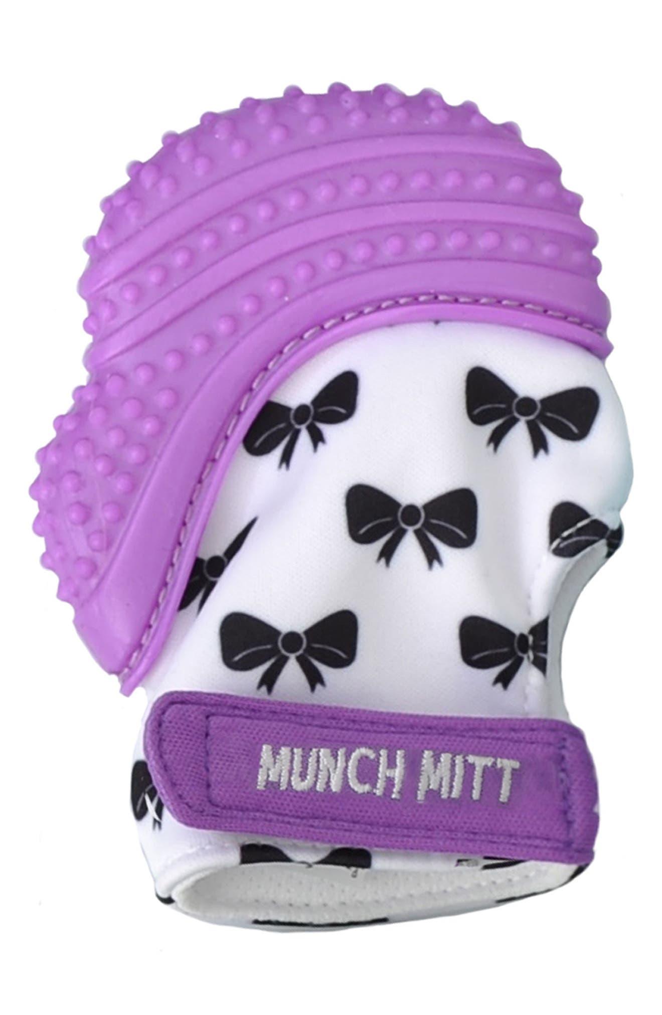 Main Image - Munch Mitt Bow Print Teething Mitt