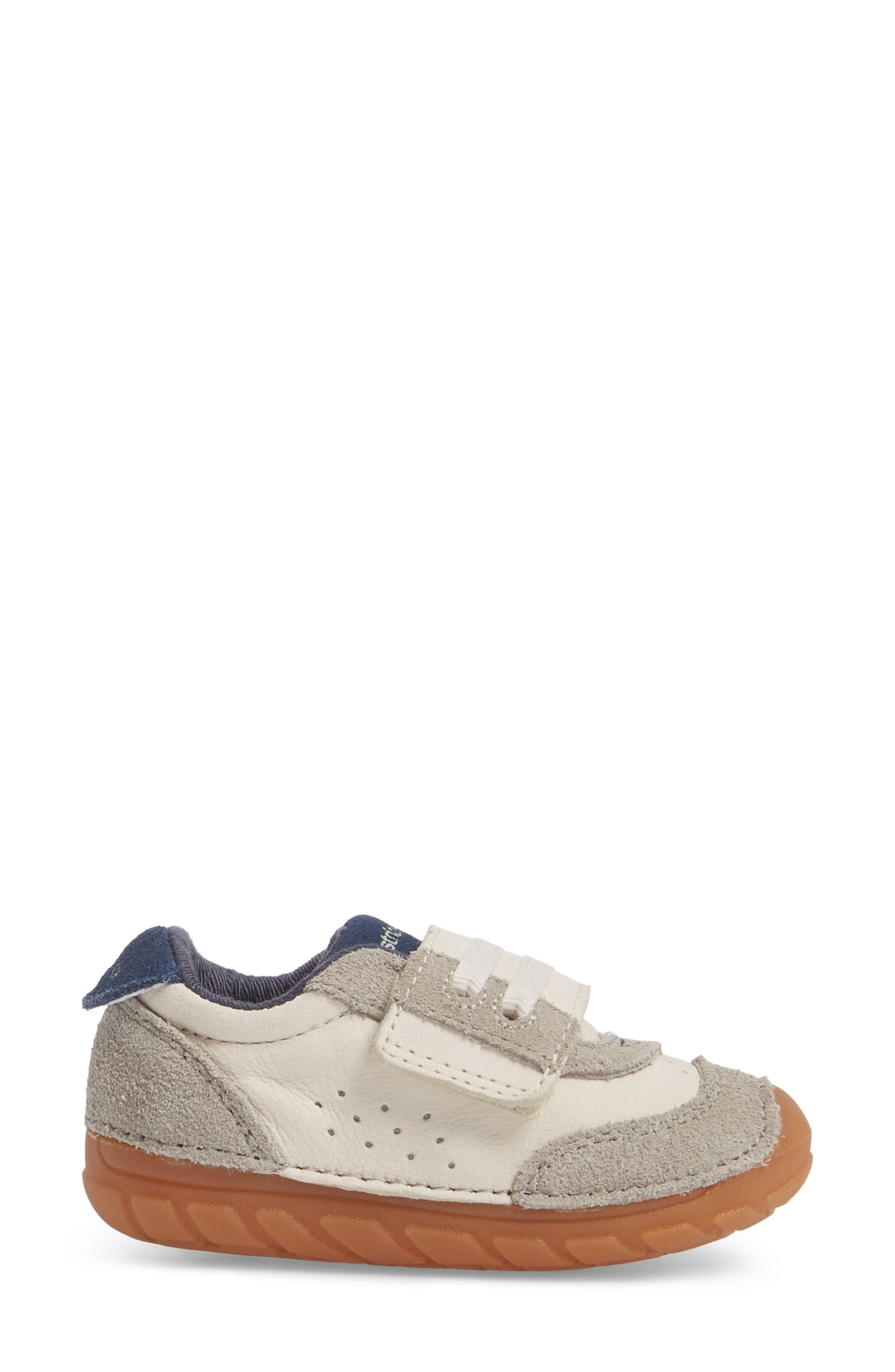 Soft Motion SRT Wyatt Sneaker,                             Alternate thumbnail 3, color,                             Stone Leather
