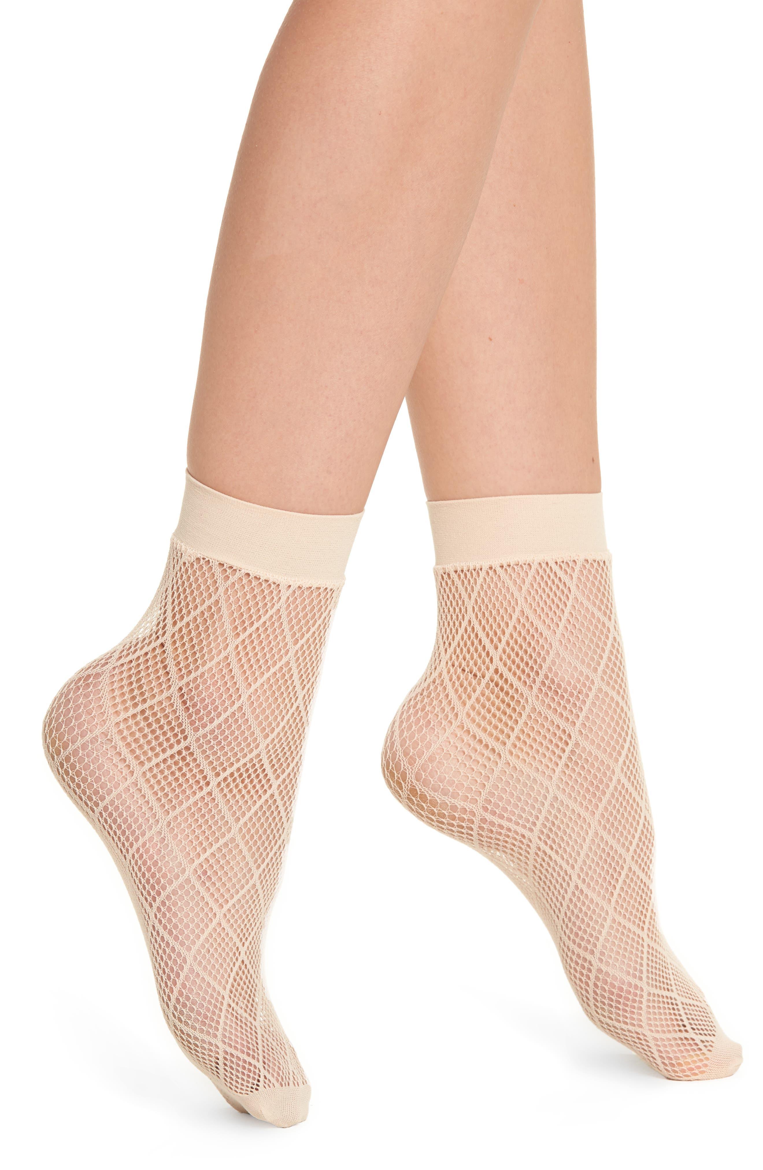 Alternate Image 1 Selected - Nordstrom Diamond Fishnet Ankle Socks