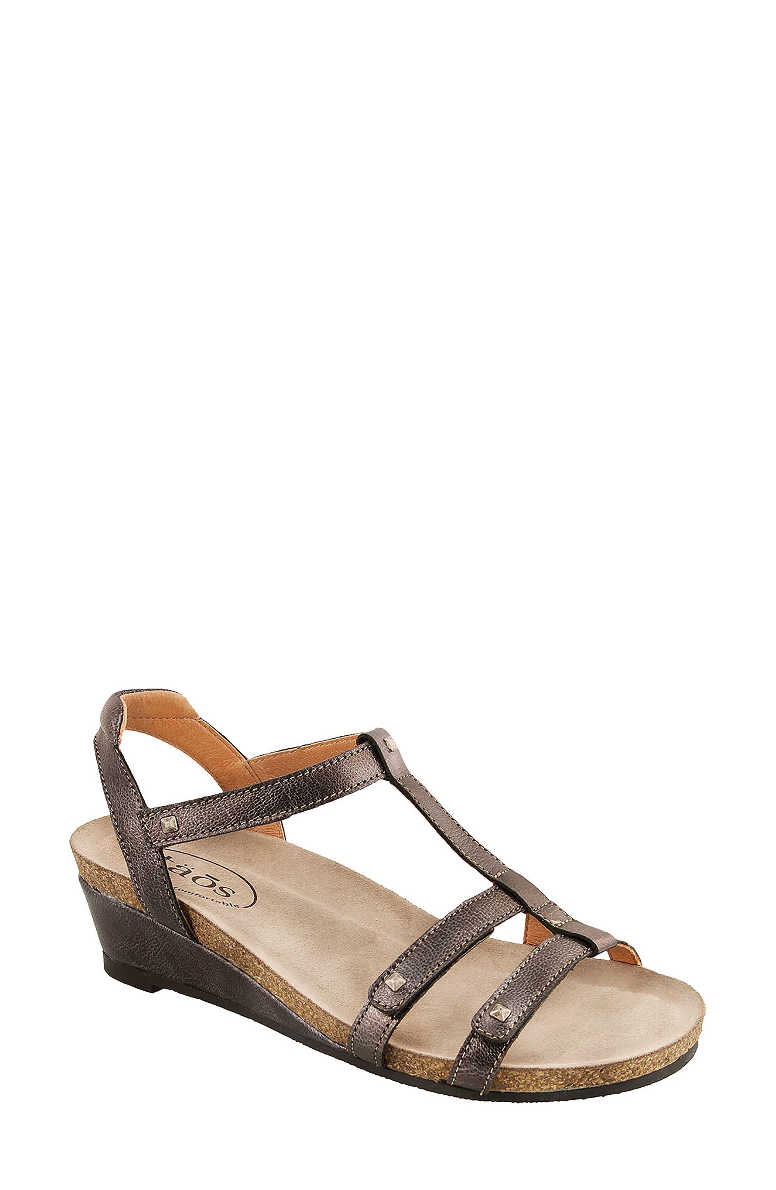 Taos Wanderer Sandal (Women)