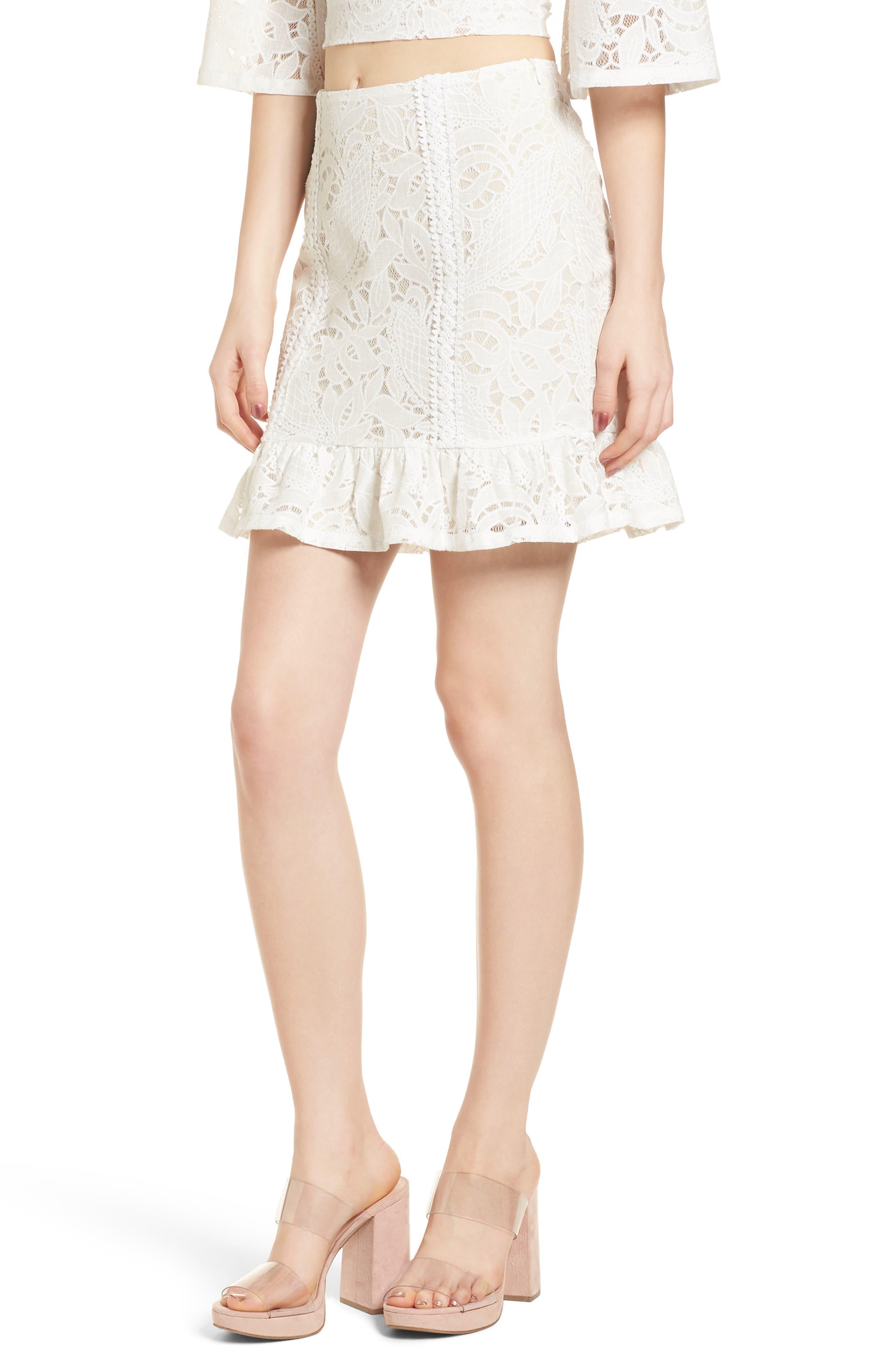 4SI3NNA Ruffle Hem Lace Miniskirt