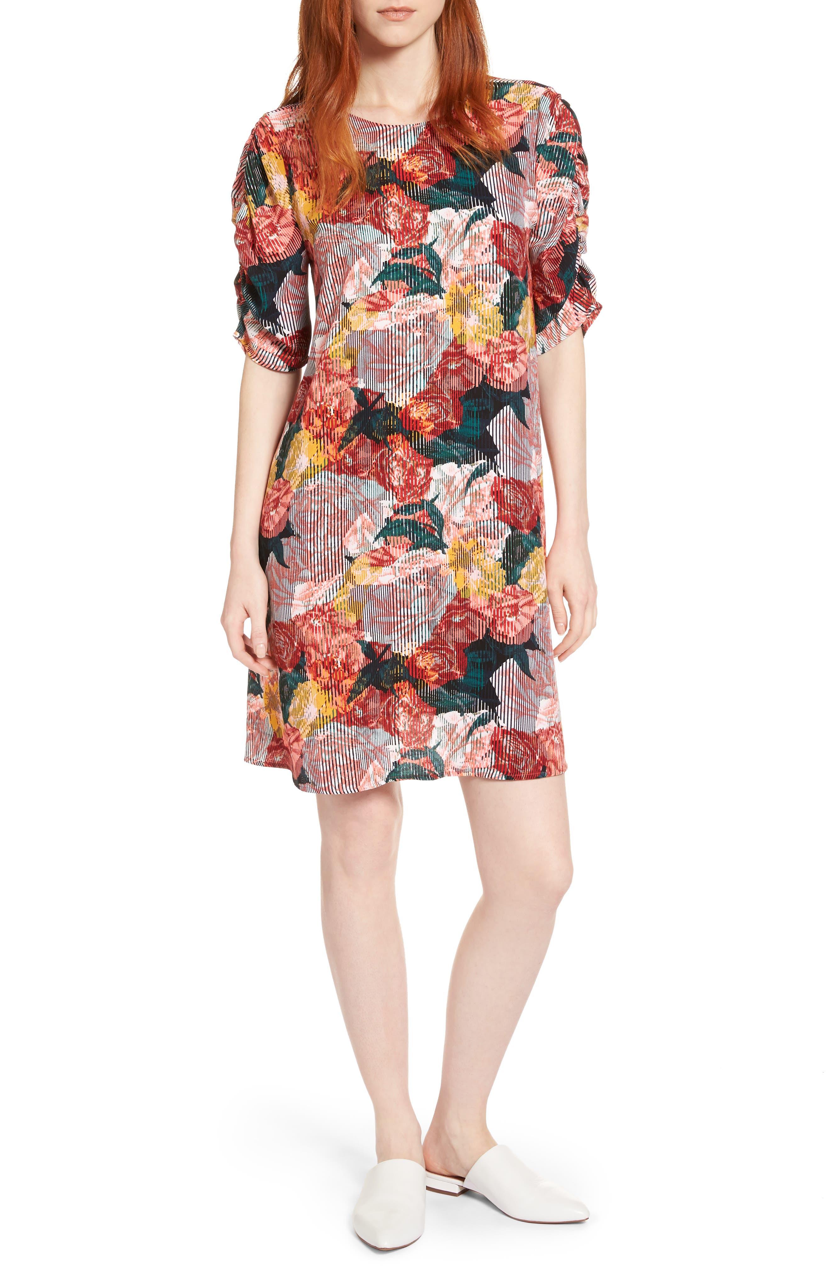 Main Image - Halogen® Ruched Sleeve Crepe Dress (Regular & Petite)
